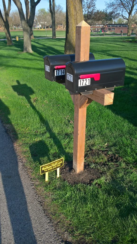 Double Mailbox Post from Cedar Tone Wood in Wheaton