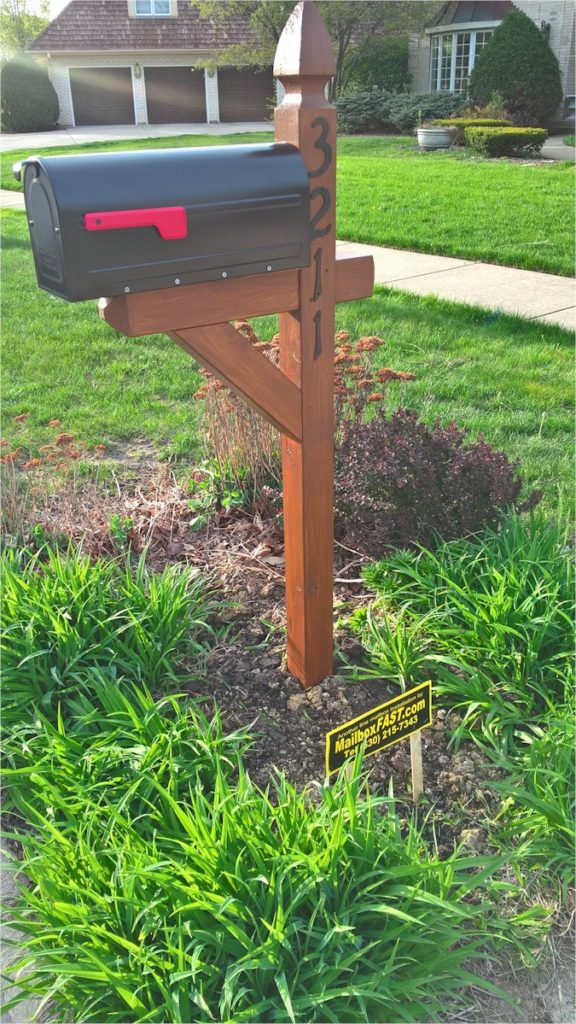 French Gothic Cedar Mailbox Post with Stain – Naperville